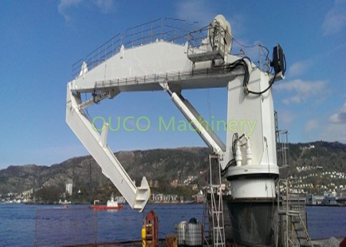 10 Ton Robust Design Knuckle Boom Crane High Reliability For Loading Cargoes